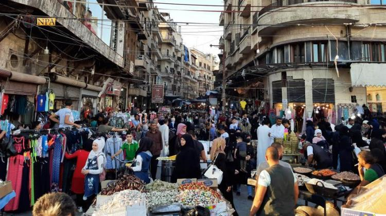 Photo of In light of dollar rising, Aleppo residents complain poor living conditions