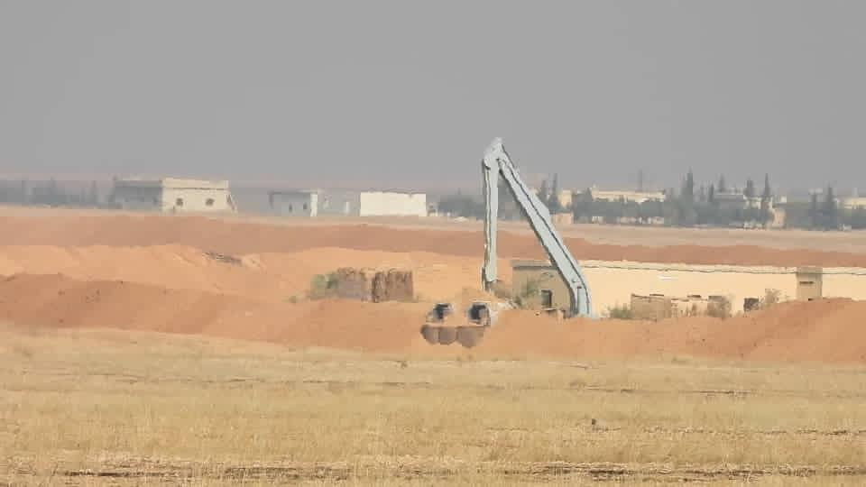 Turkish forces set up a military base on the outskirts of Syria's Ain Issa