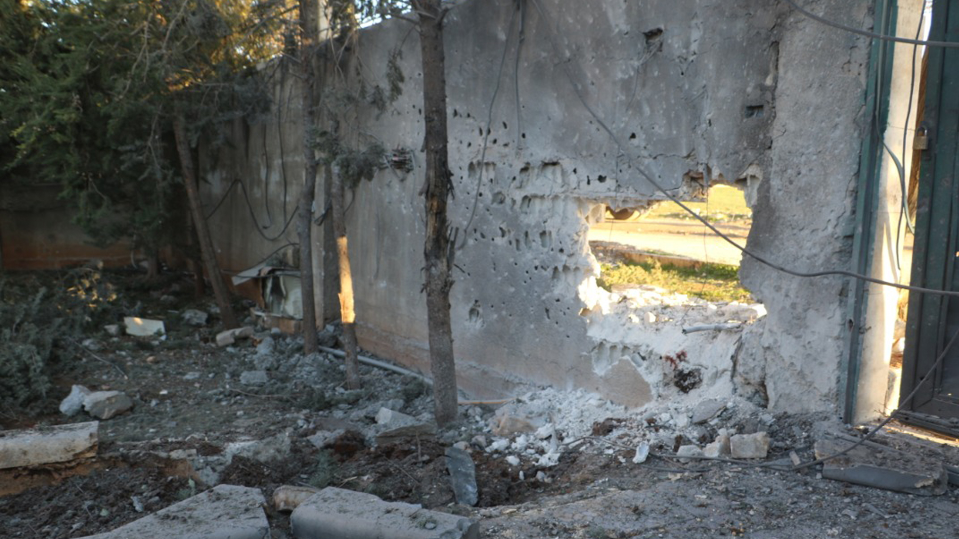 A house in the countryside of Kobani was bombarded by a Turkish drone