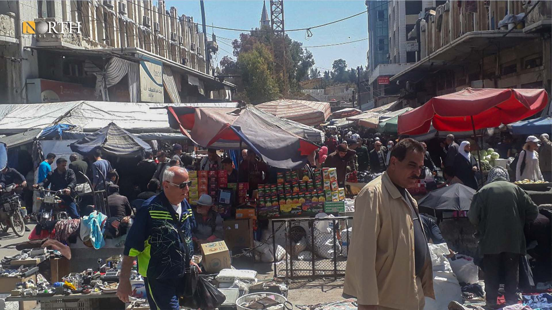 Overcrowding in the old produce market in central Damascus – North Press.