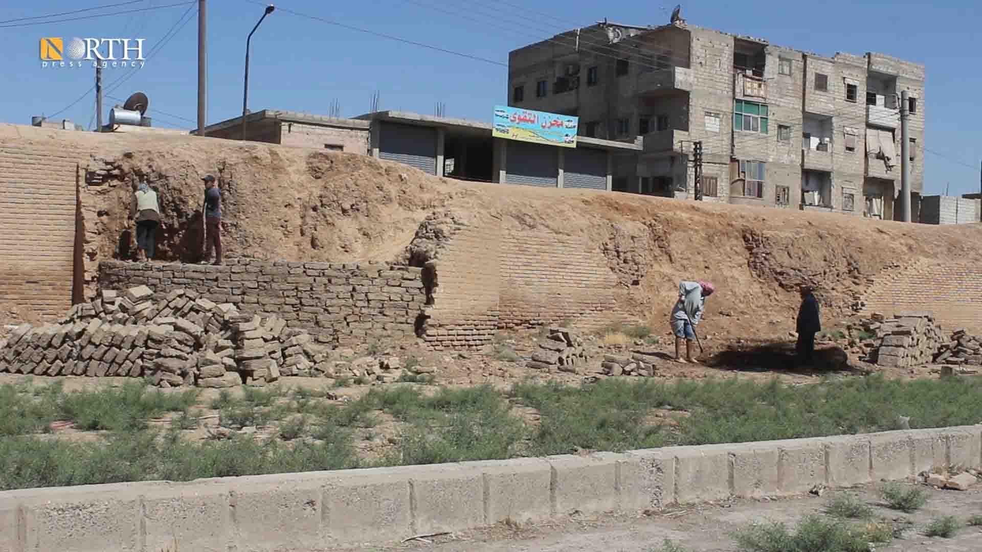 Restoration works of the ancient wall of Raqqa