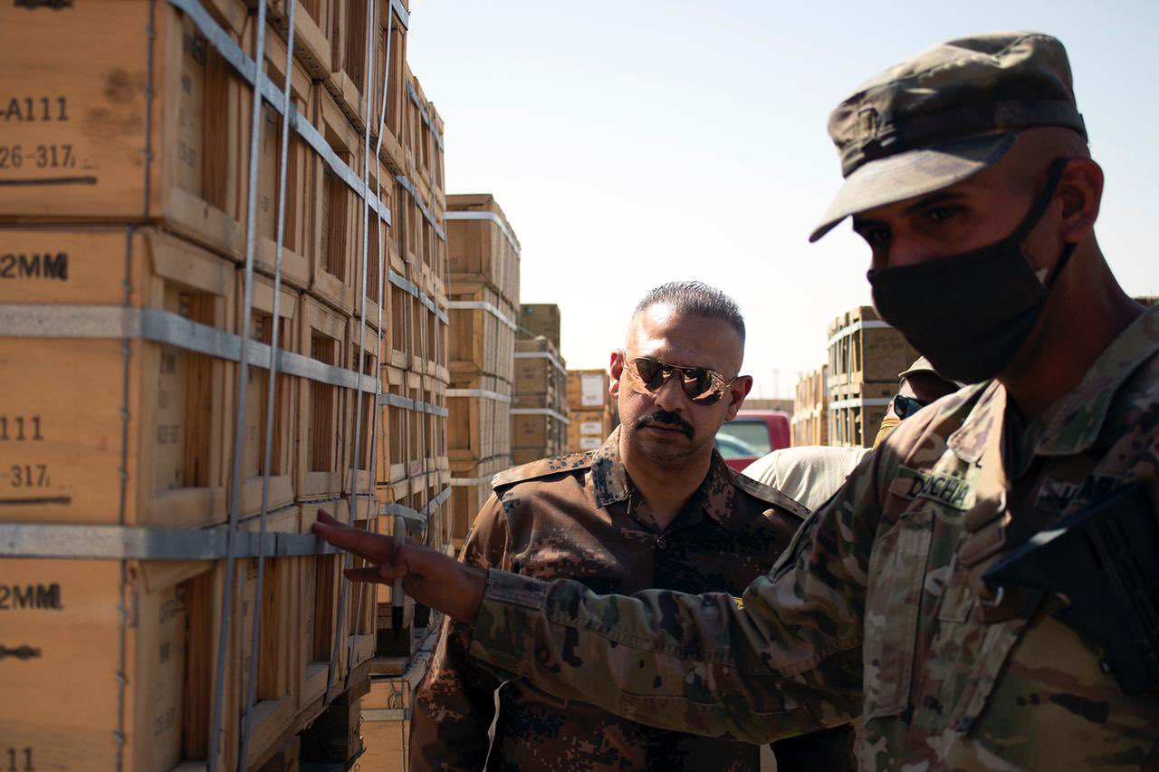 Iraq Counter Terrorism Service receives weapons and ammunition