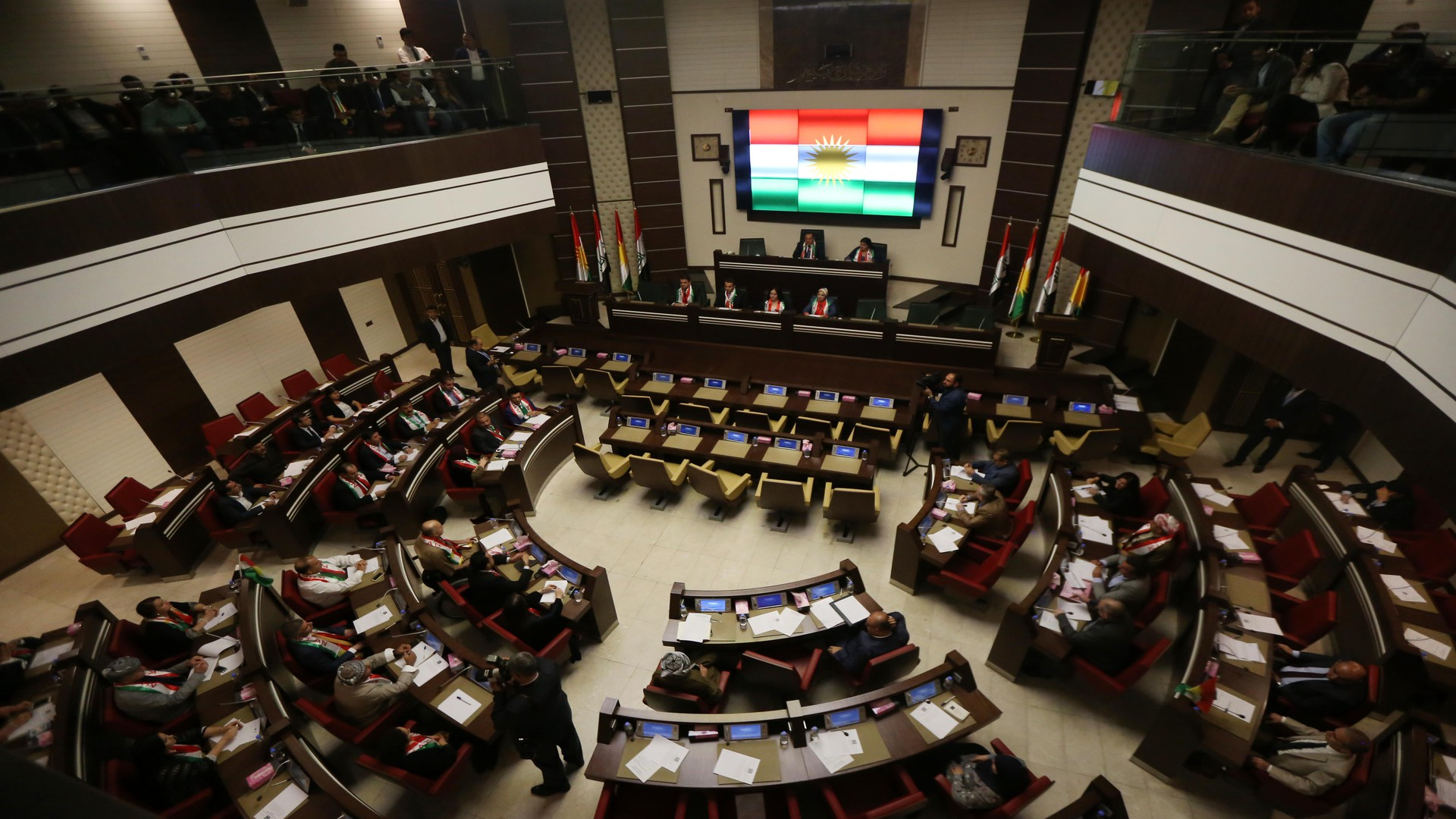Photo of Kurdish parliamentarian warns of consequences of US withdrawal from Iraq