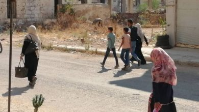 Photo of Displaced people from Syria's Daraa return to their homes, no deal anounced