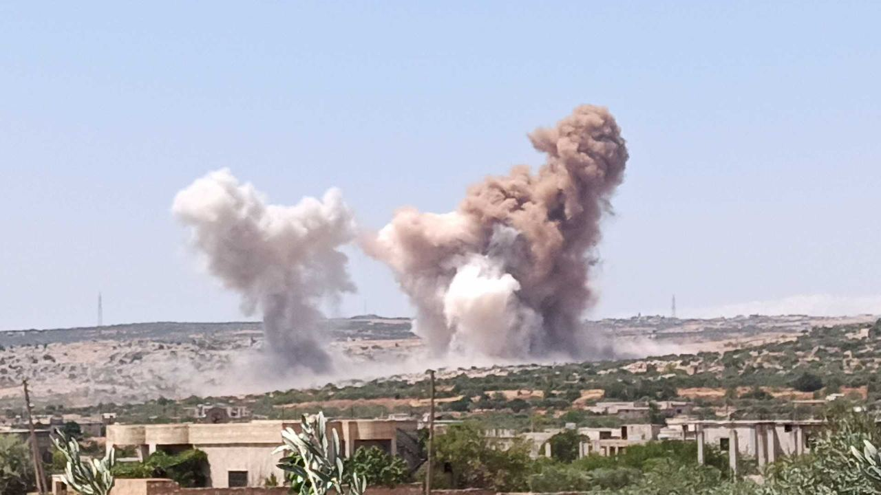 Targeting the vicinity of a Turkish point in the town of al-Bara