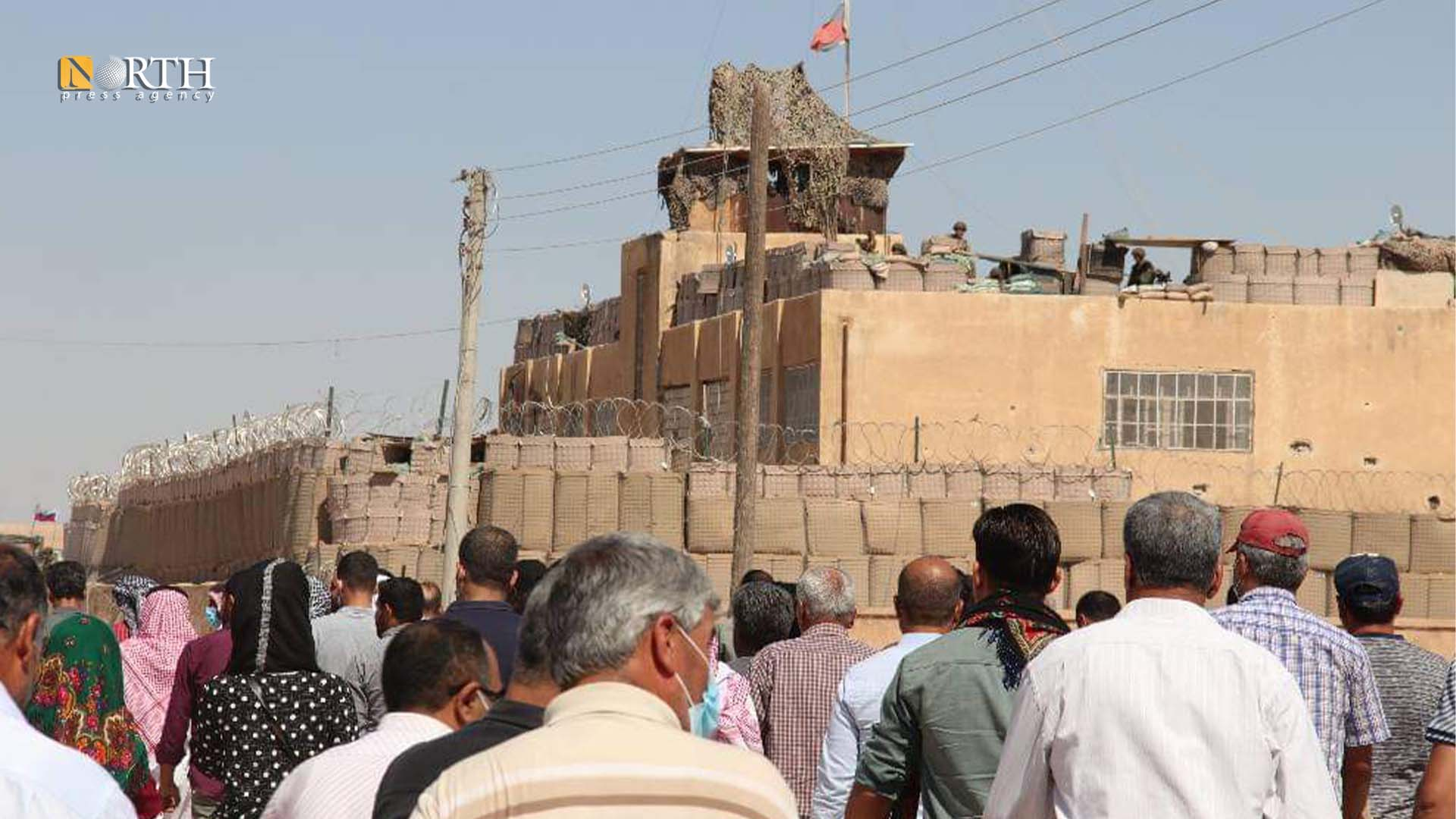 Tel Abyad Council gathers in front of the Russian base in Ain Issa - North Press