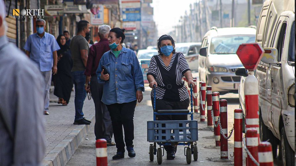 Movement in a market in Qamishli despite the outbreak of the coronavirus - North Press