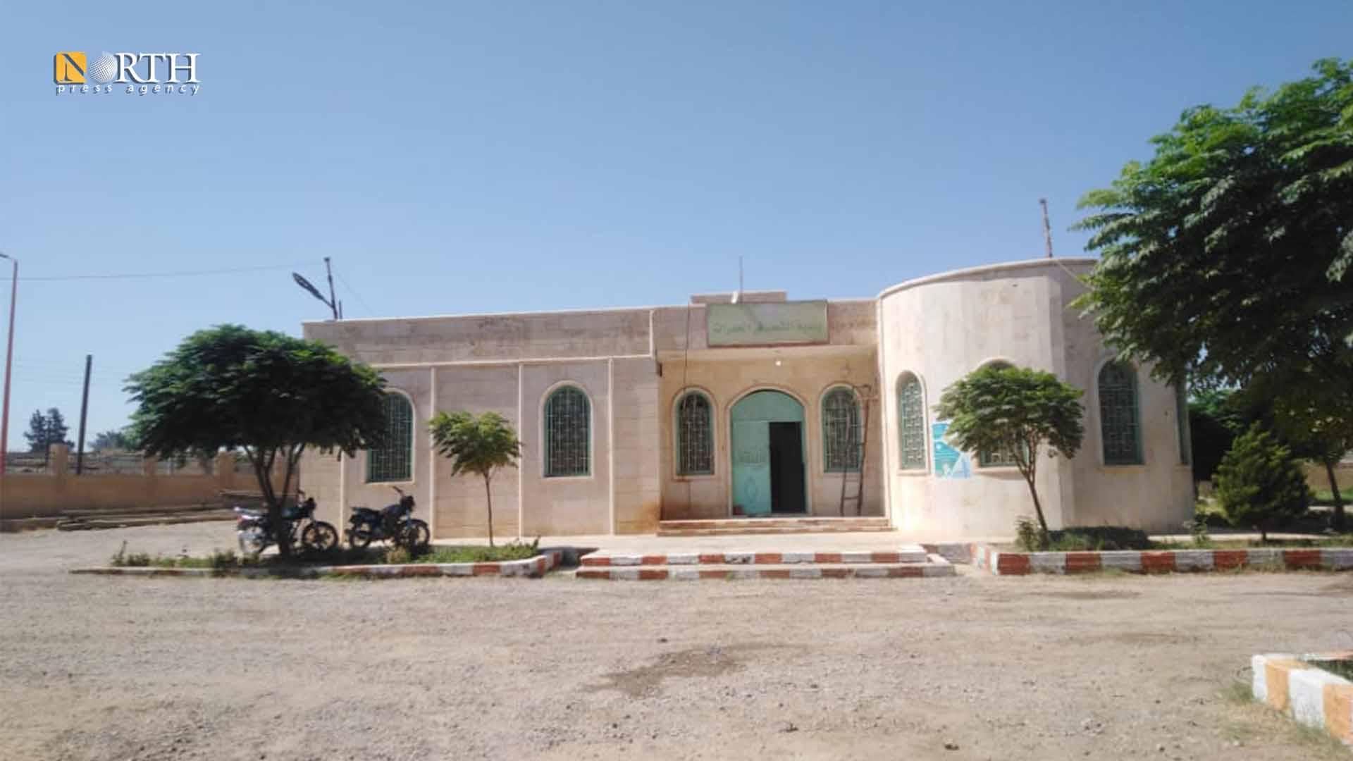 Municipality building of al-Hamrat town east of Raqqa – North Press